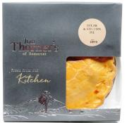Jon Thorners Beef and Stilton Pie (Large)